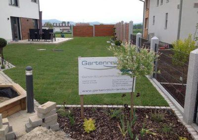 Fertige Gartengestaltung durch den Fachbetrieb Gartenreich Patrick Schwab in Landau/Isar