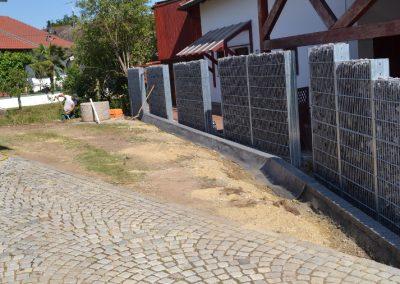 Gabionenzaun erstellt durch die Firma Gartenreich Schwab in Landau