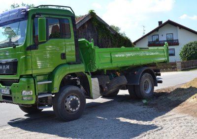 LKW der Firma Gartenreich Schwab Landau